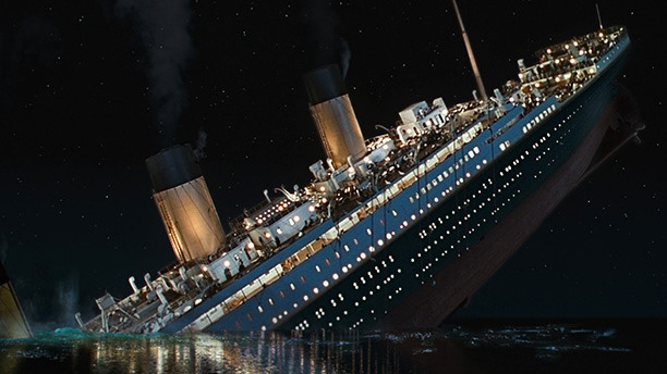 Cameron started off as a special effects technician. For his sinking-ship masterpiece, he used every trick in the book. The climactic moment when Titanic cracks in two required a massive tilting set, a hundred stuntpeople, and CGI.