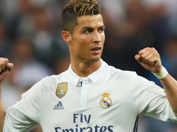 Just like Lionel Messi, Ronaldo might go up a few places in the greatest players of all times list by the time he hang up his boots. Currently 32 year old and still going strong at the top of his powers. Ronaldo is one fit athlete who started his career in Portugese team Sporting playing as forward who had pace and wide range of skills to bamboozle defenders. Manchester United saw the talent and signed him up at first opportunity. Ronaldo graced the premier league in 2003 and showcased his talent with outrageous fast step overs and other skill (often frustrating his team mates). But with in a couple of years he was matured and putting up top notch performances for United.Unlike Messi he can stake a claim to be one of the greatest players in international football and he now tops the scoring charts for his national team and that too by a margin.