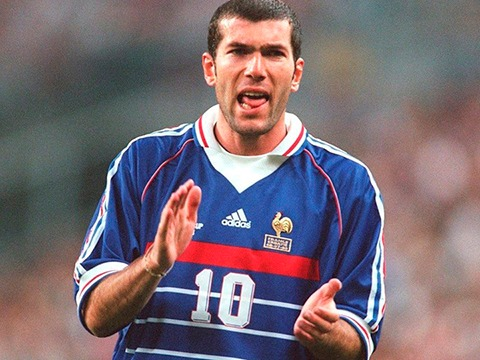 """Zidane rose to fame with ability to control games in french football with Bordeaux where he spent 4 years before moving to Juventus in 1996 where his career really took off. Zidane scored those two beautiful headed goals in the 1998 world cup final against Brazil and won France their very first world cup title and he won the """"golden ball"""" best player in the competition. In his very first season with Juventus he won the Italian League title and than helped Juventus win it again next season. Juventus reached final of champions league twice in Zidan's first two years with the club but lost on both occassions. Than came the biggest transfer in football history as he moved from Juventus to Real Madrid in 2001."""