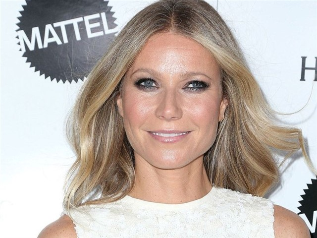 What is it? Goop is a modern lifestyle site offering the latest health and wellbeing recommendations and products How much time does she put into it? Gwyneth has stated that she is