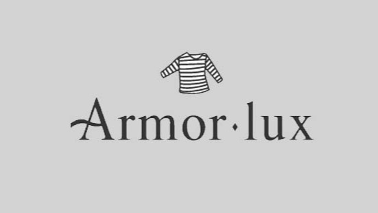 Armor lux is French maritime tradition inspired clothing which was founded in the year 1938 in Quimper. Their clothing are known for quality and originality.The standards are maintained in all of their apparel and accessories as well, making it one of the top brands.