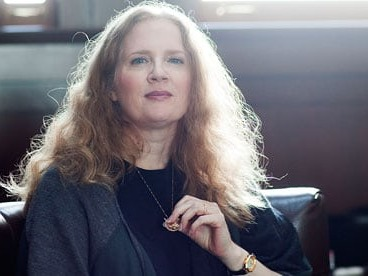 The creator of the hugely successful book and film franchise 'The Hunger Games', Suzanne Collins, enjoys the third spot on this list. With earnings of $55 million, she is also famed for 'The Underland Chronicles'. This 51 year old author is soon going to see the release of the movie adaptations of her nest two instalments of 'The Hunger Games' trilogy. Going by the success of the first movie, the next two are sure going to do exceedingly well.