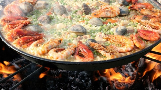 Perhaps Spain's most famous food, for foreigners paella is a dish that can be customised and fiddled around with, but not so for Spaniards. British chef Jamie Oliver discovered to his surprise just how passionate Spaniards are about getting paella right when he dared to add an ingredient that never, ever appears in an authentic Spanish version: chorizo. The act of adding this simple ingredient hit the headlines in Spain for its sheer audacity. Another common misconception about paella is that it's an evening meal – most Spaniards eat it at lunchtime to give them time to digest the heavy dish.