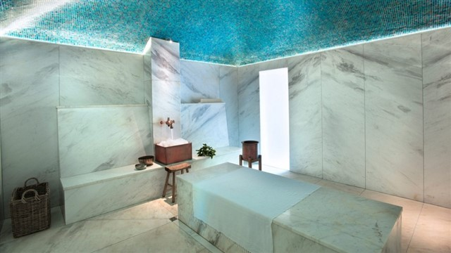The Garden Spa at Babylonstoren in Western Cape is set within a bamboo forest and offers an assortment of treatments, from facials and massages, to ancient cleansing rituals. Some treatment rooms are housed within a pavilion made of bamboo, which features a hammam, chill room and a gym.