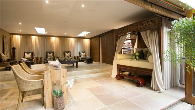 The Balinese-style spa at Fairlawns Boutique Hotel & Spa in Johannesburg offers a wide range of therapies and signature Asian-inspired treatments, plus the gardens are breathtaking. The spa features a heated plunge pool, a spa bath, Chinese daybeds and pod swing chairs, as well as steam rooms and a sauna.