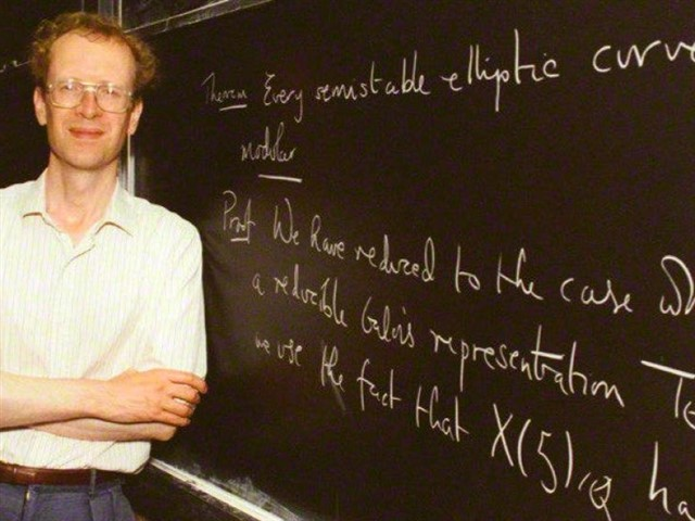 The next in this list of 10 smartest people 2017 is Andrew Wiles, a British mathematician born in 1953. Wiles achieved world fame when, in 1993, he demonstrated Fermat's Last Theorem; but although it was a failure in the first instance, it was later successfully corrected by Wiles himself. Furthermore, his IQ is of 170 points.