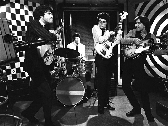 """The Kinks were a major part of theBritish musical invasion of America. They are often credited for their influence within the music industry, particularly in the beginnings of heavy metal and punk. When asked if The Kinks were becoming more of a heavy metal band, Dave Davies replied by saying, """"It wasn't called heavy metalwhen I invented it.""""They were inducted into the Rock & Roll Hall of Fame in 1990, and into the UK Music Hall of Fame in 2005. While songs likeYou Really Got Me,Sunny AfternoonandAll Day and All of the Nighthave all gone down as rock classics, none made it to the top of the US charts. They twice hit number six, with those successes comingalmost 20 years apart. That's theclosest they ever got to a number one single, but on the bright side, their famous songLolawas parodied by Weird Al Yankovic, which is probably a greater testament to their popularity anyway."""