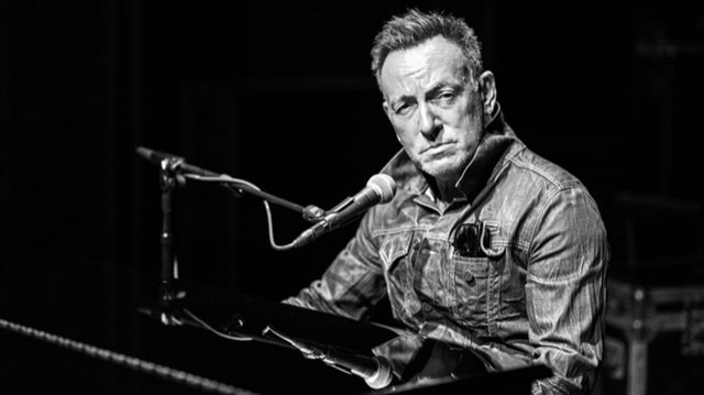 Now we're getting to the part of the list that's filled with genuine shocks.Bruce Springsteen is a rock legend, selling over 120 million records. That success has made him one of the best-selling artists of all-time, as well as having won 20 Grammy Awards, two Golden Globes,and an Academy Award.Born in the USAandBorn To Runare two of the best-selling albums in American music history, yet Springsteen has never had a number one hit.He came oh-so-close in 1984 whenDancing in the Darkhit number two, but has never been able to clinch top spot. Springsteen is renowned for his epic, energetic stage performances and continues to tour regularly today. His 2014 albumHigh Hopeswas voted the second best album of the year by Rolling Stone, so there's certainly still time for the Boss to hit number one.