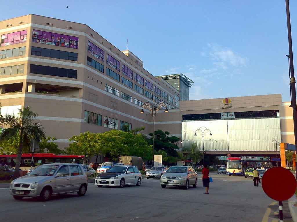 Damansara, MalaysiaGross Leasable Area: 4,900,000 sq. ft.