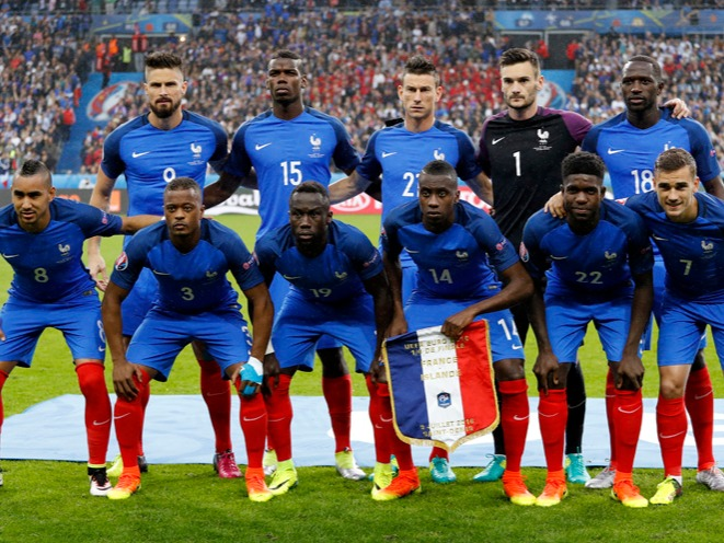 The France national football team (French: Équipe de France de football) represents France in international football and is controlled by the French Football Federation, also known as FFF, or in French: Fédération française de football. The team's colours are blue, white and red, and the coq gaulois its symbol. France are colloquially known as Les Bleus (The Blues).