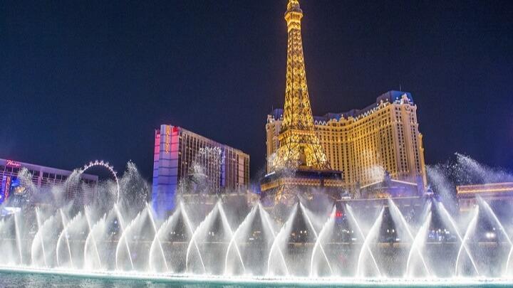 Las Vegas (/lɑːs ˈveɪɡəs/,[6] Spanish for