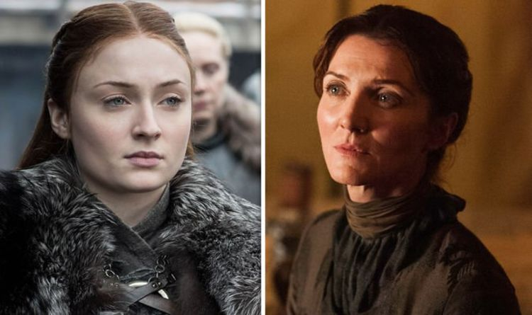 Even the most dedicated Game of Thrones fans probably don't know that Irish actress Michelle Fairley wasn't the original choice for the role of Catelyn Stark.The role was originally offered to Jennifer Ehle, who left the show shortly after filming the pilot episode.Reportedly, producers confirmed that Jennifer's departure from the show wasn't due to any bad blood.It was rather the fact that she had just given birth to a daughter, and didn't want to commit to long-term projects.